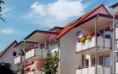 Metzingen, MFH