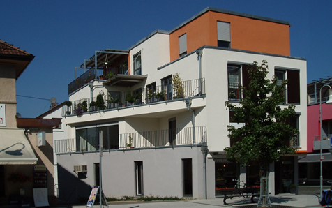 Wendlingen, Wohn- und Geschäftshaus